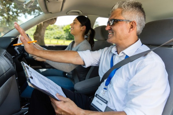 Get Your Drivers Licence In Melbourne with our High Pass Rate!