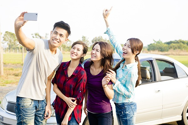 Mobile phone usage/ or not, when driving – helpful tips