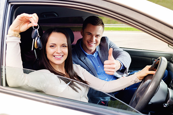 Top 10 Tips to Pass Your Driving Test On Your First Attempt